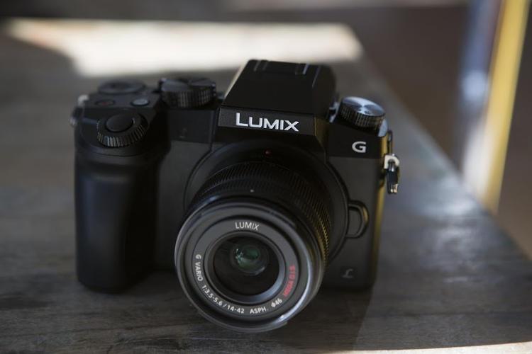 New Panasonic LUMIX DMC-G7 camera