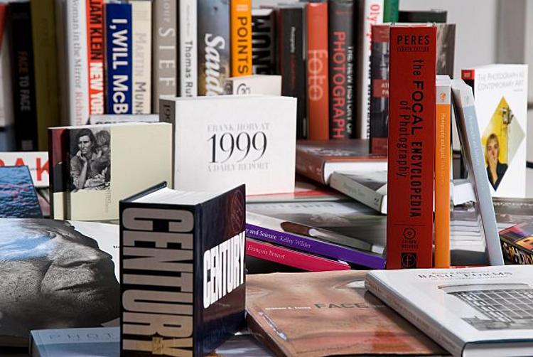 15 éves az ország legnagyobb fotográfiai szakkönyvtára